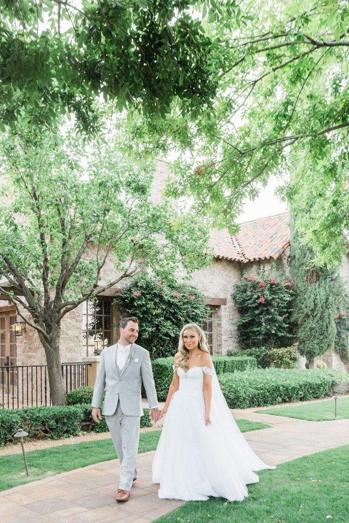 Desert Whim Arizona Outdoor Tuscan Wedding (21)