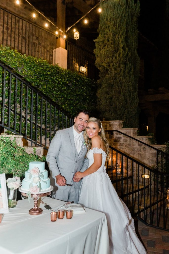 Desert Whim Arizona Outdoor Tuscan Wedding (34)