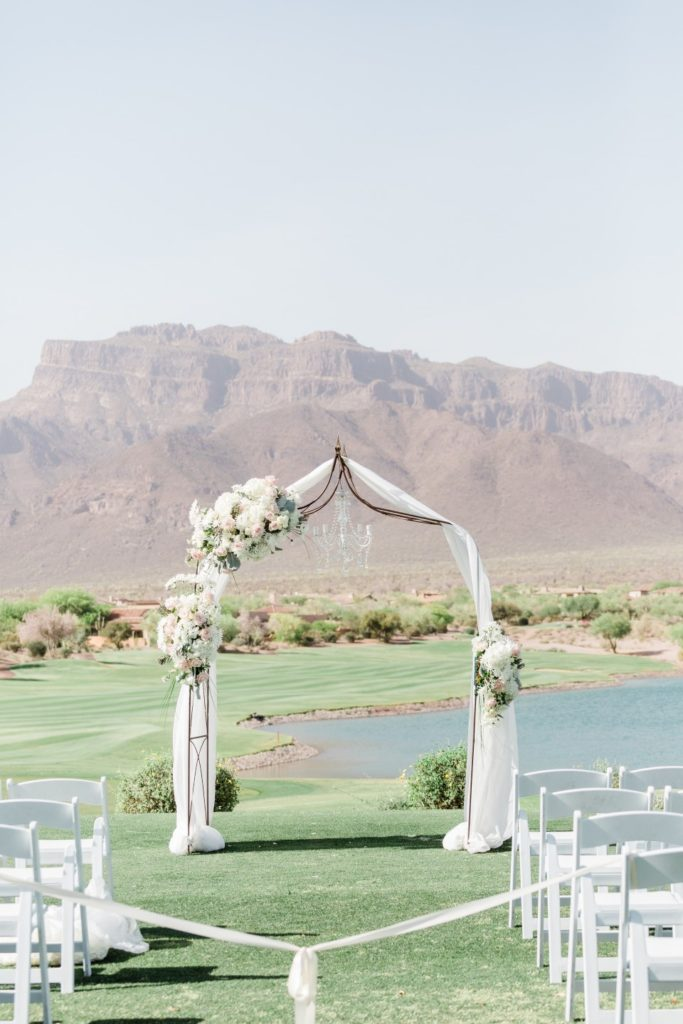 Desert Whim Arizona Outdoor Tuscan Wedding (5)