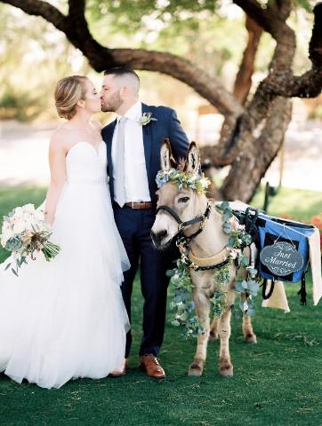 desert whim golf course glam wedding (97)