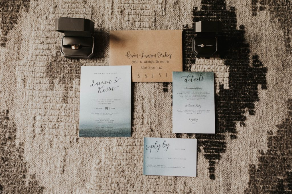 desert whim moody modern love arizona wedding (20)