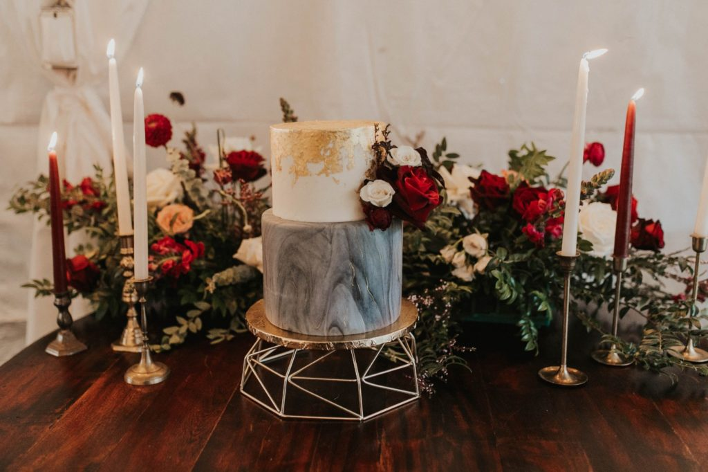 desert whim moody modern love arizona wedding (58)